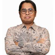 Energy Watch : Indonesia Tak Perlu Paksakan Diri Ikut Tren Global EBT